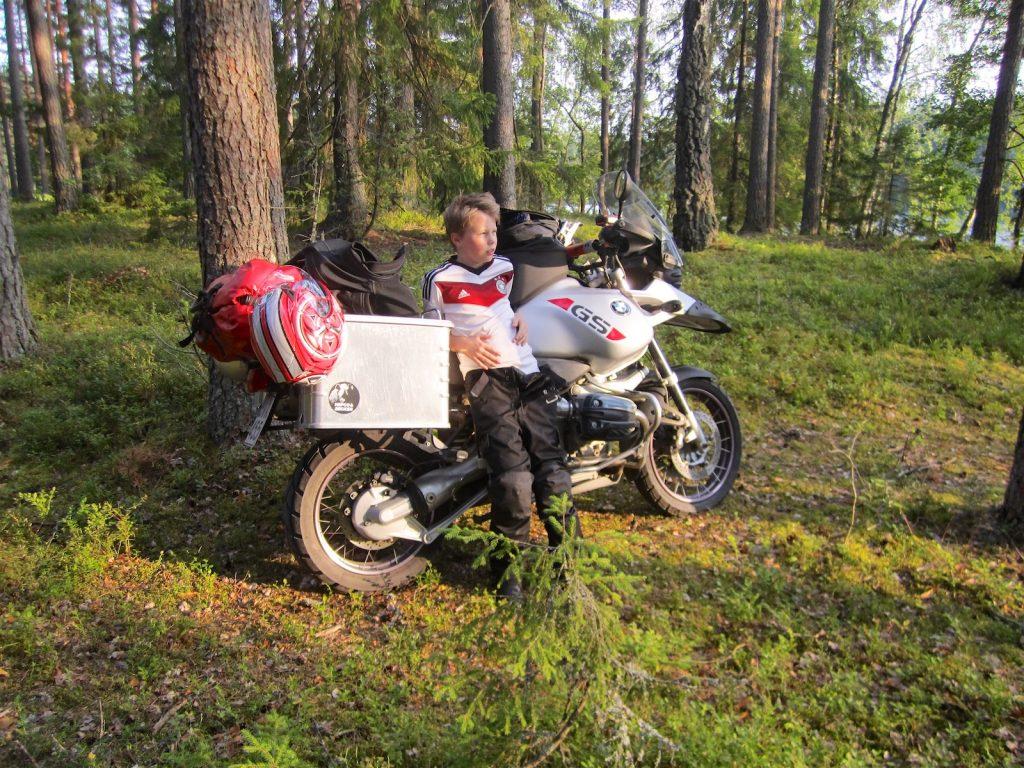 moottoripyöräily lapsen kanssa