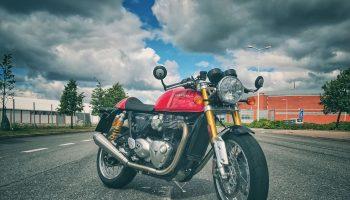 Triumph Thruxton R – 1 (1)